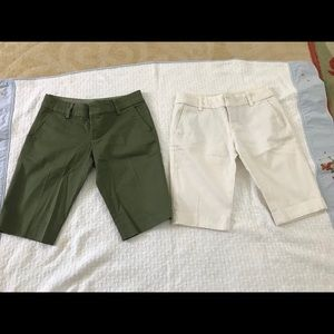 2 juicy couture Bermuda shorts
